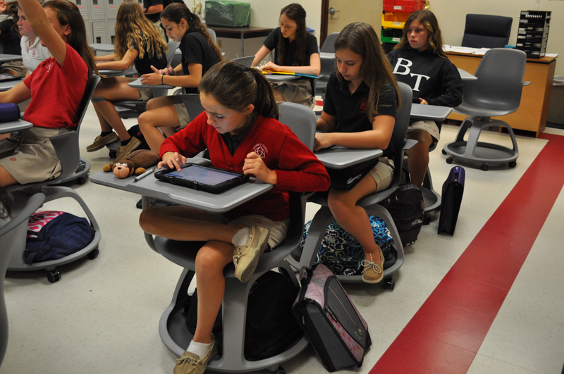 Back to School – 300 iPads replace books at local school